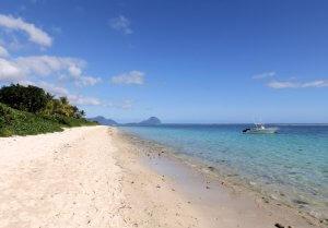 schöner Strand in Mauritius zum Schnorcheln